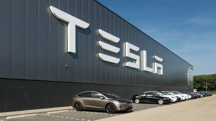 História da Tesla em 17 fotos: Elon Musk e Controvérsias - AAA ...